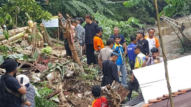 Bencana Longsor Di Bogor