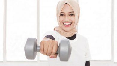 Olahraga membuat kulit Anda dehidrasi dari dalam ke luar. Sehingga penting bagi Anda untuk memberi hidrasi
